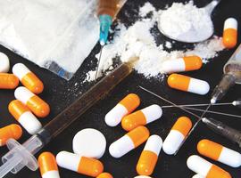 Addiction iatrogène: les médecins sont-ils des dealers?