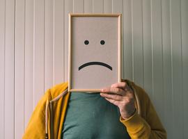 Bijna twee op de vijf twintigers melden depressie in gezondheidsenquête Sciensano