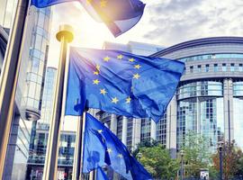 La Commission européenne mobilise 123 millions pour la recherche contre les variants