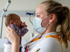 Kliniek Sint-Jan opnieuw uitgeroepen tot 'Baby Friendly Hospital'