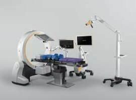 Jessa Ziekenhuis zet twee robots tegelijk in bij rug- en nekchirurgie