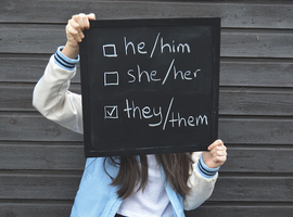 Questions transidentitaires à l'adolescence