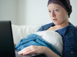 Évaluation numérique de l'impact du covid-19 sur les patients cancéreux