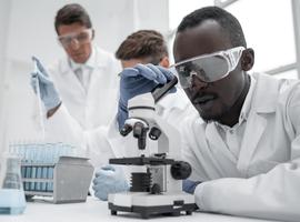Deux laboratoires travaillent sur un vaccin combiné contre la grippe et le coronavirus