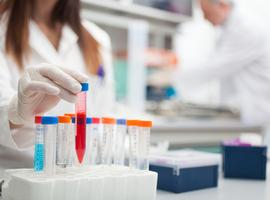 Suivi thérapeutique  pharmacologique des biomédicaments en dermatologie: pouvons-nous viser la perfection?