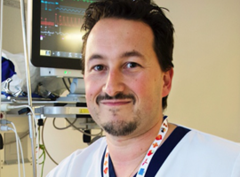 Dr Philippe Devos : « Il faut rapidement mettre en place une armée d'infirmières de réserve »