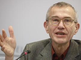 Vandenbroucke évite de parler de réouverture de l'horeca, donne un espoir pour les voyages