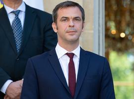 En France, le ministre de la Santé annonce