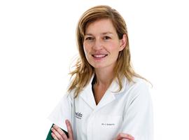 Sinds corona zagen oogartsen Imeldaziekenhuis vraag naar geïmplanteerde voorzetlenzen toenemen met 75%