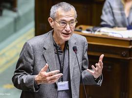 Vaccin: Vandenbroucke pas opposé à recourir aux généralistes mais dans une phase suivante