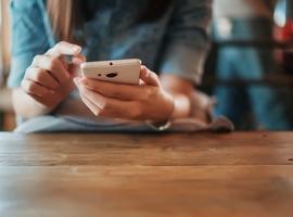 Hoogrisicocontacten krijgen voortaan enkel sms van contacttracers