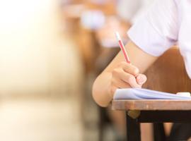 482 geslaagden in eerste sessie toelatingsexamen Franstaligen