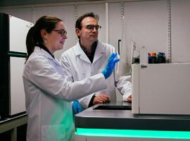 Genetische centra onderzoeken volledige genoomanalyses op grote schaal